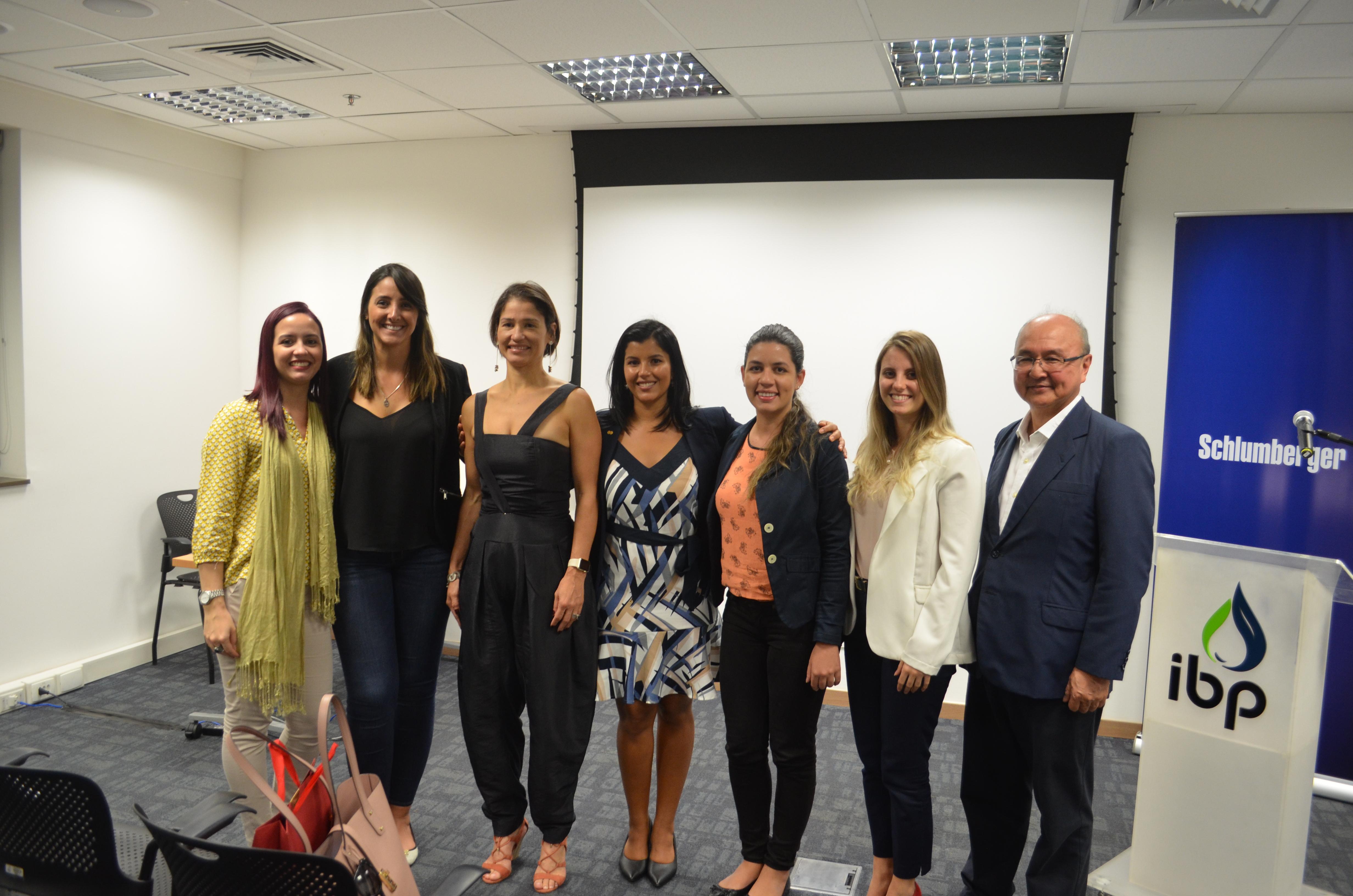 """Realizado: Women in Energy (WIN) – """"Diversidade de Gênero: como alcançar o equilíbrio?"""" Com Ana Zambelli"""